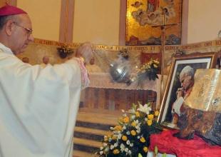 Visita della reliquia del Beato Giovanni Paolo II e benedizione delle vetrate
